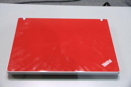 ThinkPad Edge 13 レッドモデル