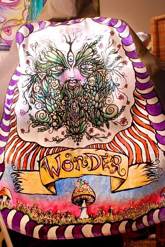 Wonder's cloak-back
