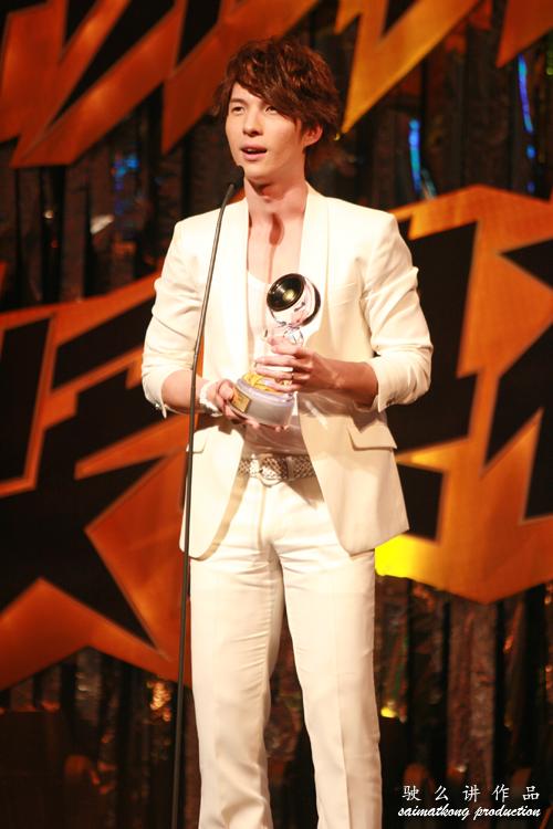 Andrew Tan 陈势安
