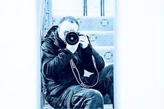 Le Phothographe... After Duty (Je Rpondrai) Tags: selfportrait canon mirror photographer autoretrato espejo miroir fotgrafo photographe autoretrat 5dmarkii othonleon othnlen