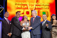 Premio a martha Heredia