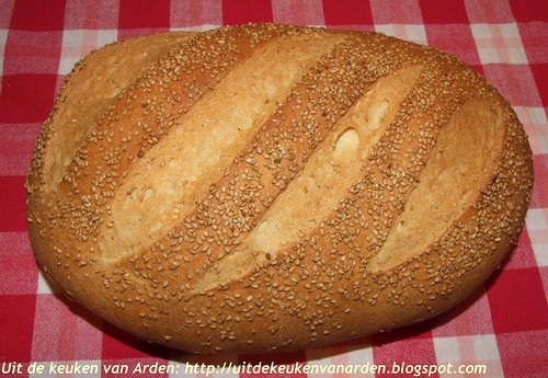 Wit brood met mais- en semolinameel