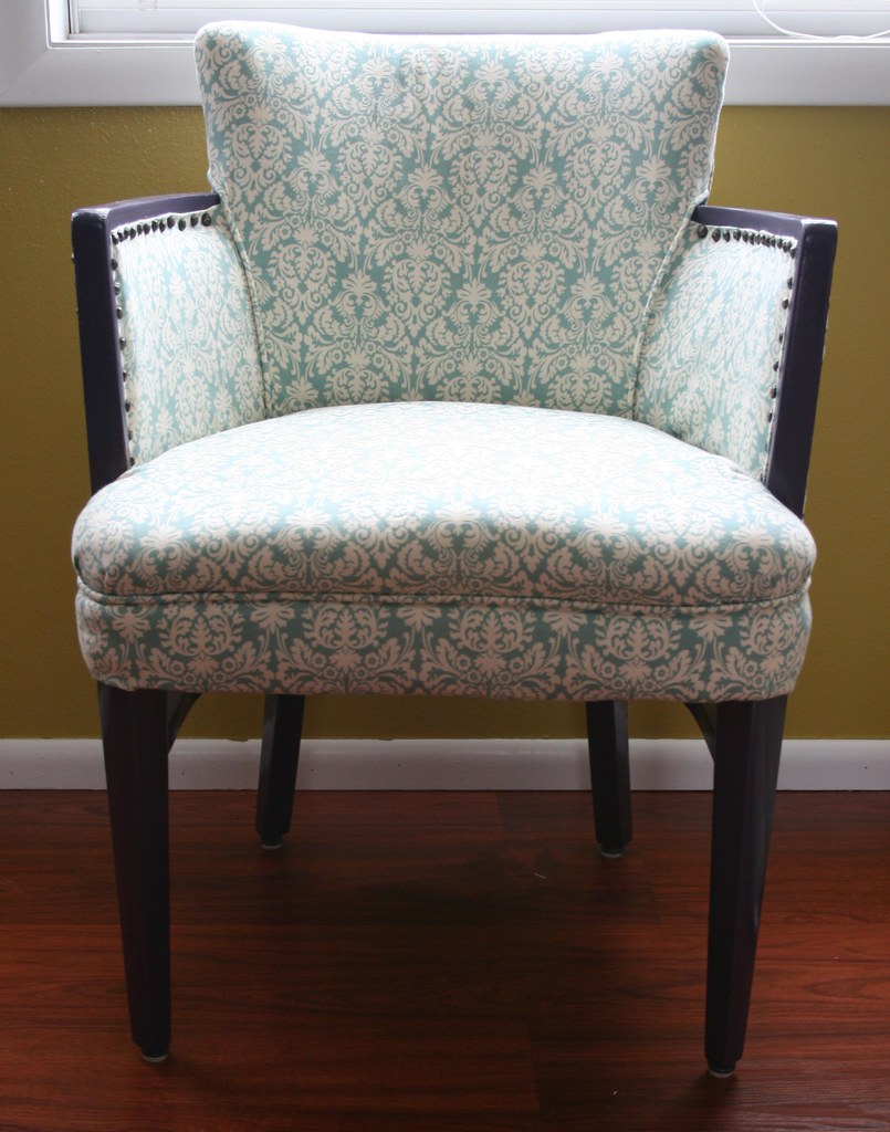 how do you reupholster dining room chairs | How To Reupholster A Dining Chair – Chair Pads & Cushions