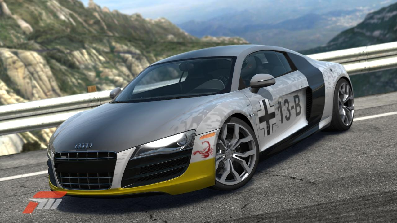 here's an Audi R8 5.2 made