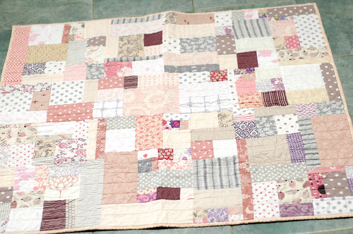 new baby quilt fini
