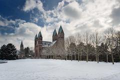 Church Of The Redeemer III (Philipp Klinger Photography) Tags: park blue trees winter light shadow sky white snow tree church photoshop germany deutschland alley nikon europa europe hessen bad trails kirche schloss philipp taunus dri schlosspark hdr redeemer hesse badhomburg churchoftheredeemer klinger homburg erlserkirche hochtaunuskreis d700 dcdead vanagram