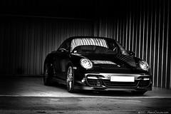 Porsche 997 TT (Alexis Goure) Tags: auto bw white black canon eos track noir box garage 911 automotive voiture nb turbo coche porsche tt autos et circuit blanc coches voitures piste trackday 30d 997