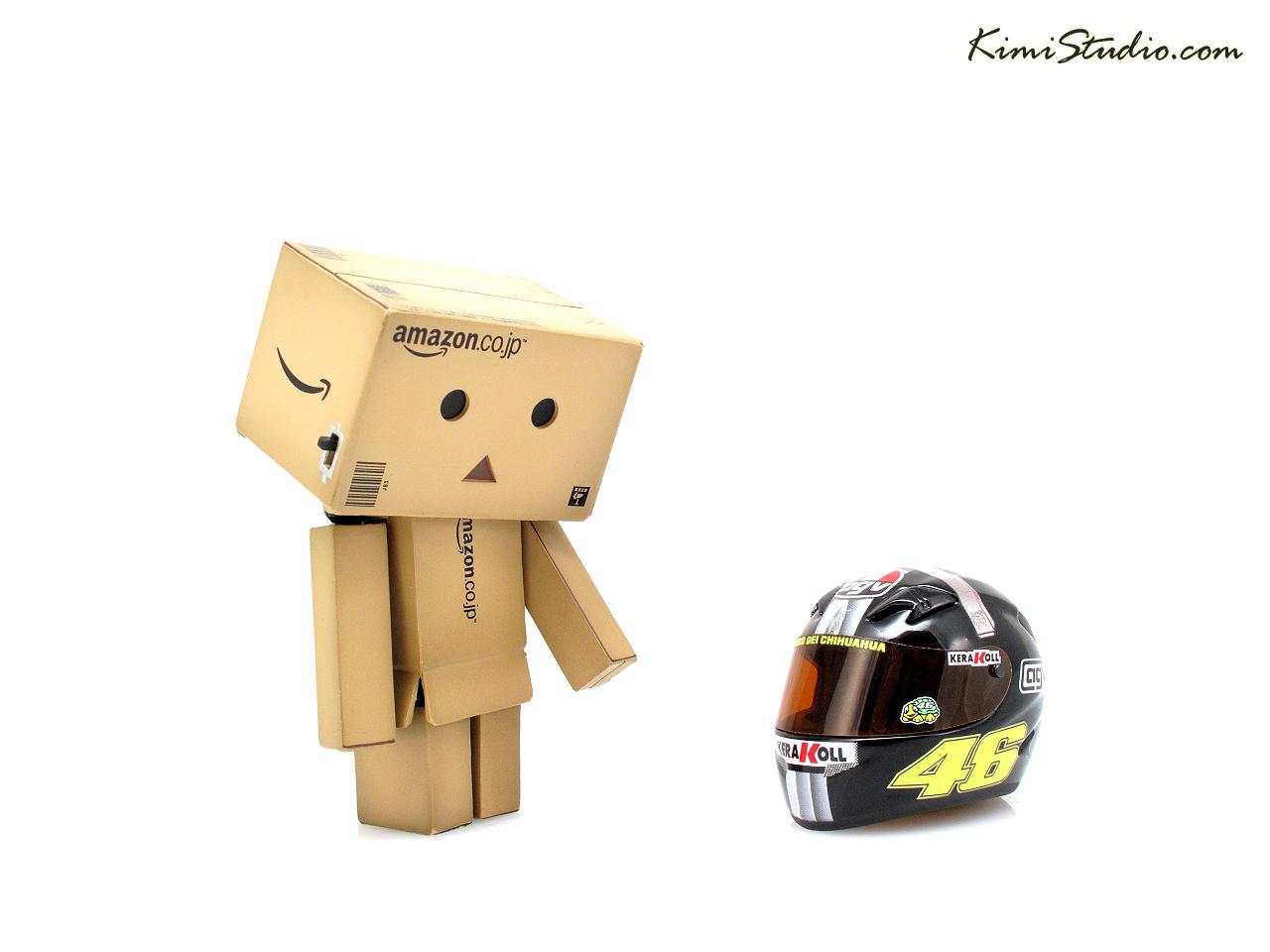 我想戴這頂安全帽,Rossi的耶!