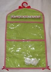 Jujuba_verso (pudim_de_pano) Tags: pano artesanato patchwork avental costura necessaire portabijuteria portaanel