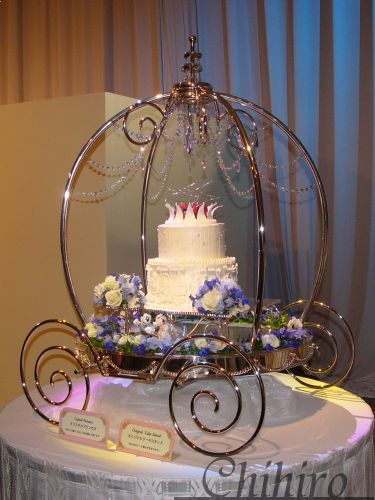 disney wedding cake stand 1000 images about once upon a time on 13589