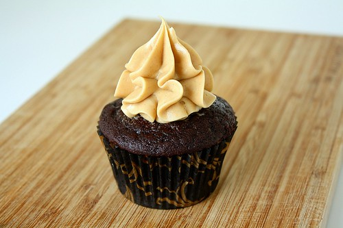 Dark Chocolate Cupcakes with Peanut Butter Buttercream