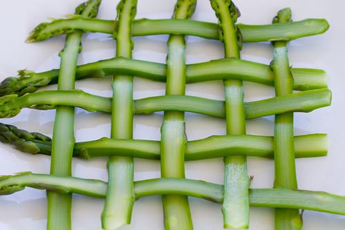 weaving asparagus 3
