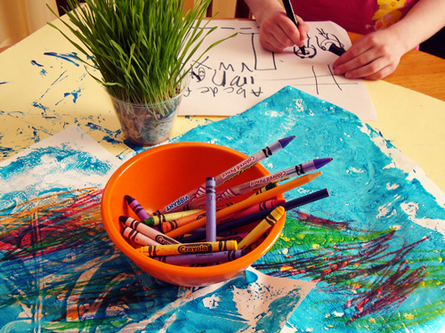 bowl-of-crayons