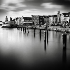 husum harbour (Hggard) Tags: ocean sea sky blackandwhite white black art 6x6 water monochrome square boot boat town photo blackwhite meer wasser ship foto dynamic harbour seagull wolken dampfer clauds northsea haggard stadt bewegung monochrom schwarzweiss hafen mwe nordsee schiff ronny schleswigholstein quadrat langzeitbelichtung husum bewegungsunschrfe fotokunst schwarzweissfoto ronnybehnert behnert