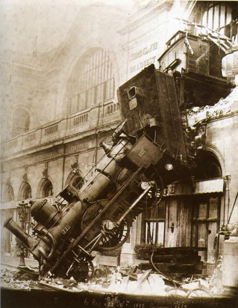 464px-Train_wreck_at_Montparnasse_1895