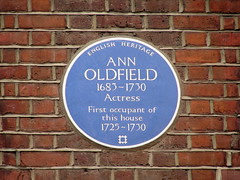 Photo of Anne Oldfield blue plaque