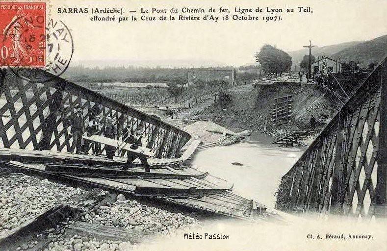pont ferroviaire de Sarras effondré après la crue du 8 octobre 1907