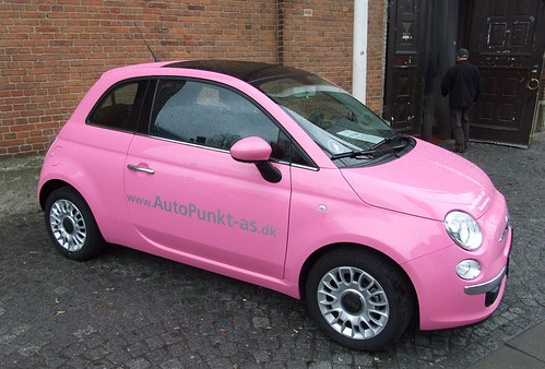 FIAT 500 Barbie edition - a photo on Flickriver