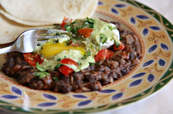 Pouched Eggs w/ Refried Beans 550