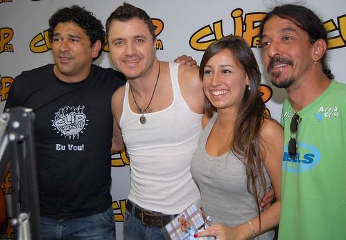 Maurício Manieri com a galera do Conexão Clip (Crédito: Fábio Alexandre)