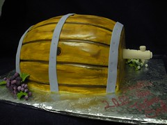Wine Barrel Cake (Angel Contreras) Tags: cake wine chocolate pastel barrel cream grapes bayarea crema vino barril uvas fondant buttercream concordca angelcontreras