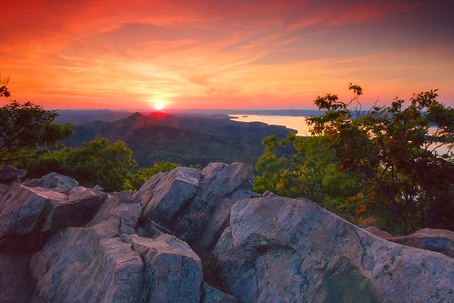 Lake Maumelle at sunset, from Pinnacle Mountain