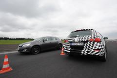 Opel Astra Sports Tourer - PPV vs. Mule