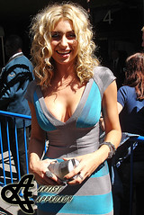 Aly Michalka (ArtistApproach) Tags: new york city nyc newyorkcity ny newyork cat garden allison square ally alley manhattan hell may violet alyson madison seventy msg madisonsquaregarden 78 eight aly 2010 hellcats michalka alyaj alyandaj alysonmichalka alymichalka cwupfront 78violet alysonrenaemichalka
