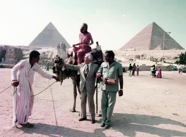 Borges y María Kodama en Egipto