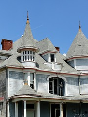 West Virginia ~ Middlebourne (erjkprunczk) Tags: house queenanne victorian tyler faded westvirginia worn knight turrets middlebourne erjkprunczyk wv18 weathern