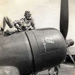 Elrid Spinas:  VMF-422  WWII (Ivan Sohrakoff) Tags: airplane wwii honor worldwarii hero corsair marines bomber pilot memorialday fighterpilot usmarines missopal elridspinas vmf422 corsairairplane corsairplane