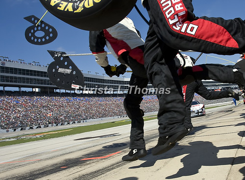 discount tire nascar. 6 Discount Tire Ford in for a