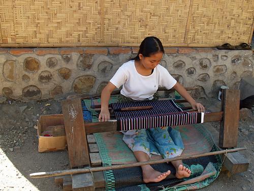 1082 - J15 - Lombok - Village de Rambitan - PA156262