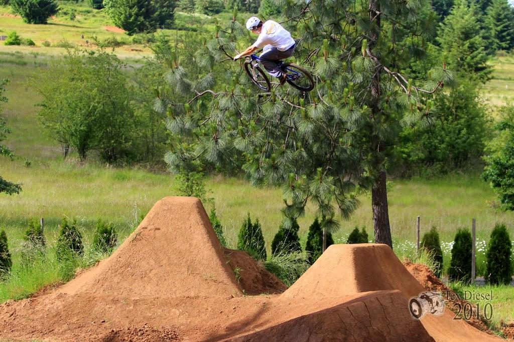 Backyard Bmx Jumps how to build dirt jumps - pinkbike forum