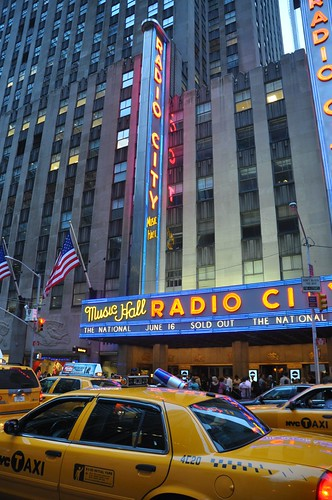 Radio City Music Hall by Pirlouiiiit 16062010