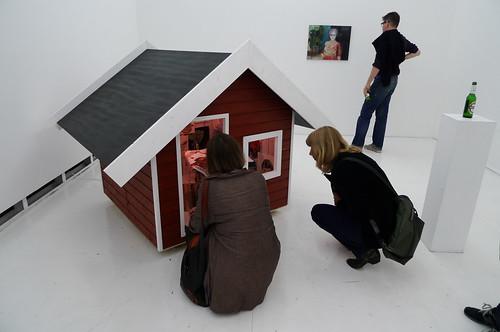 Ausstellung eines kleinen Hauses bei Atelierfrankfurt. Juni 2010
