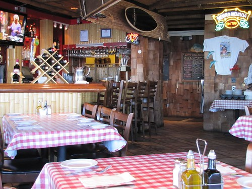 Louie Linguini's interior