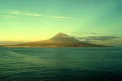 Le Volcan de Pico (shineleia) Tags: volcano pico azores