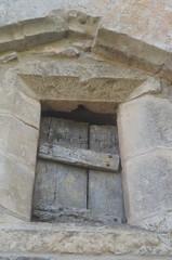 caylus (20) (jacobine2010) Tags: fenêtre volet pierre lucarne