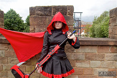 IMG_4867.jpg (Neil Keogh Photography) Tags: rwby silver dress trainers manga pants videogame cloak corset hood anime shoes female trousers blade scythe top read black nwcosplaysummermeet2016 cosplayer cosplay ruby weapon