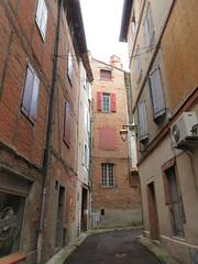 Rue Puech Amadenc, Albi, France (Paul McClure DC) Tags: albi france july2017 occitanie occitania tarn architecture historic languedoc