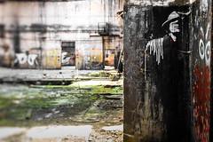 Der schwarze Mann (michael_hamburg69) Tags: lostplace offthemap abandonedplace urbanexploration urbex phototourmit3daybeard3tagebart verfall decay beautyofdecay streetart urbanart male man mann hut hat derschwarzemann boogeyman stencil