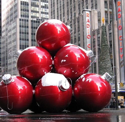 A Walk: Seven Joys Amid New York's Holiday Mayhem
