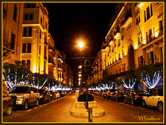 Empty Street (Fotografy86) Tags: christmas street lebanon night lights sony cybershot beirut لبنان h9 وسط solidere بيروت dsch9 سوليدير beirutatnight