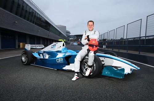 Michael Schumacher - GP2 Test 2010-01