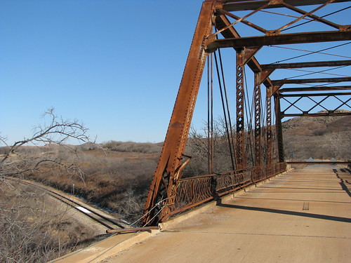 Damaged railroad overpass, old US 62 east of Headrick, OK