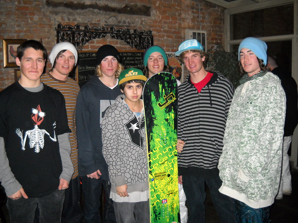 One lucky guy got a snowboard