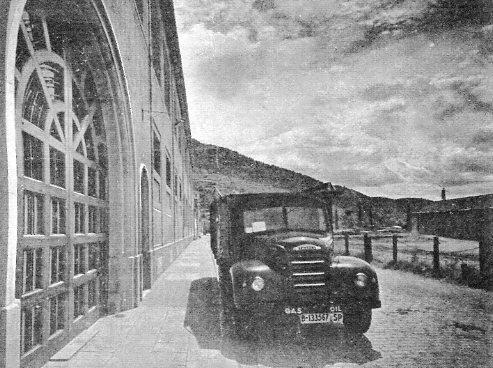 El camió Ebro de la fàbrica de la Cotolla de Ripoll