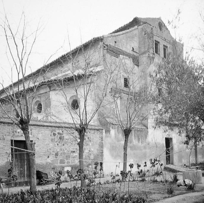 Sinagoga de Santa María la Blanca de Toledo a finales del siglo XIX. Fotografía de Alexander Lamont Henderson
