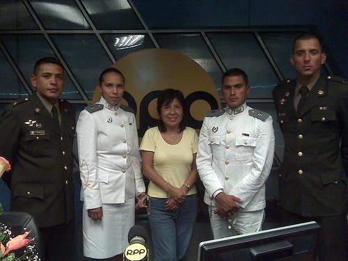 Con los cadetes y oficiales del Ejercito del Perú